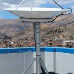ペルーのフアラズ大学に設置されたDartcom 1.2m L-Bandアンテナ